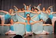 XVI. absolventské představení 2010
